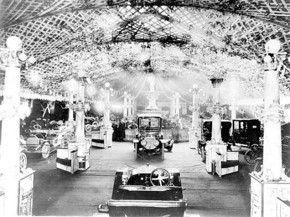Detroit Auto Show 1910 (image courtesy of Detroit Free Press)