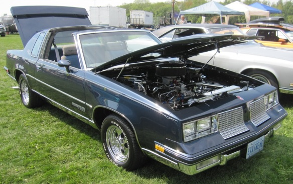 1980s Oldsmobile Cutlass Supreme