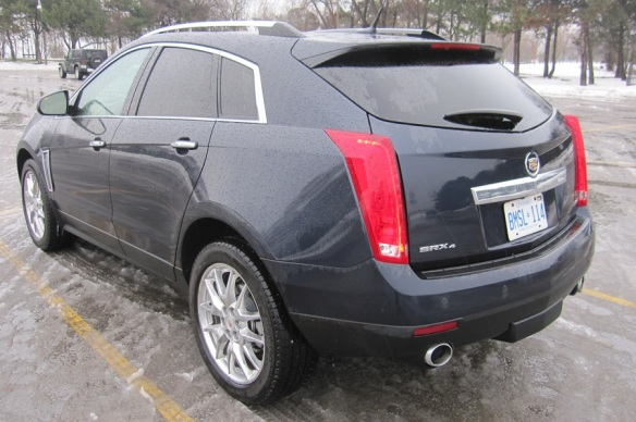 Side view Cadillac SRX