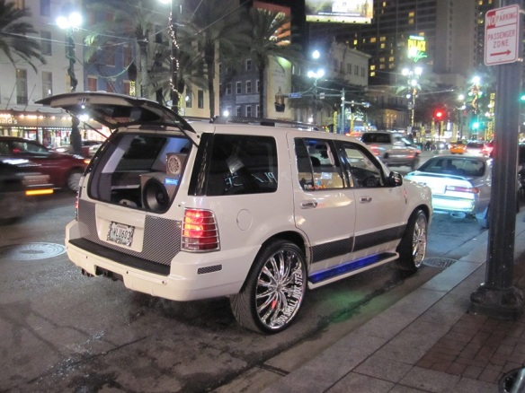 """Cajun"" style Ford Expedition"